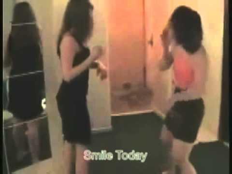 Видео Фото две бабы оральный секс