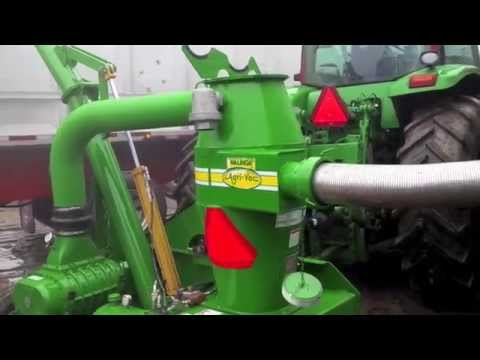 Walinga Grain-Vac 7614F - YouTube