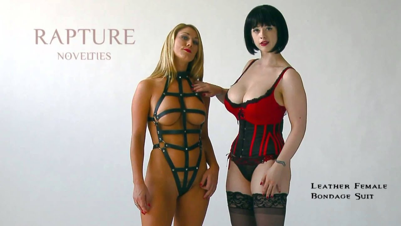 Beauty Laura bondage harness womens pussy swallows