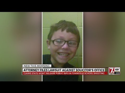 Attorney files lawsuit against solicitor's office
