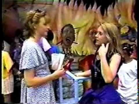 Liz Phair on MTV