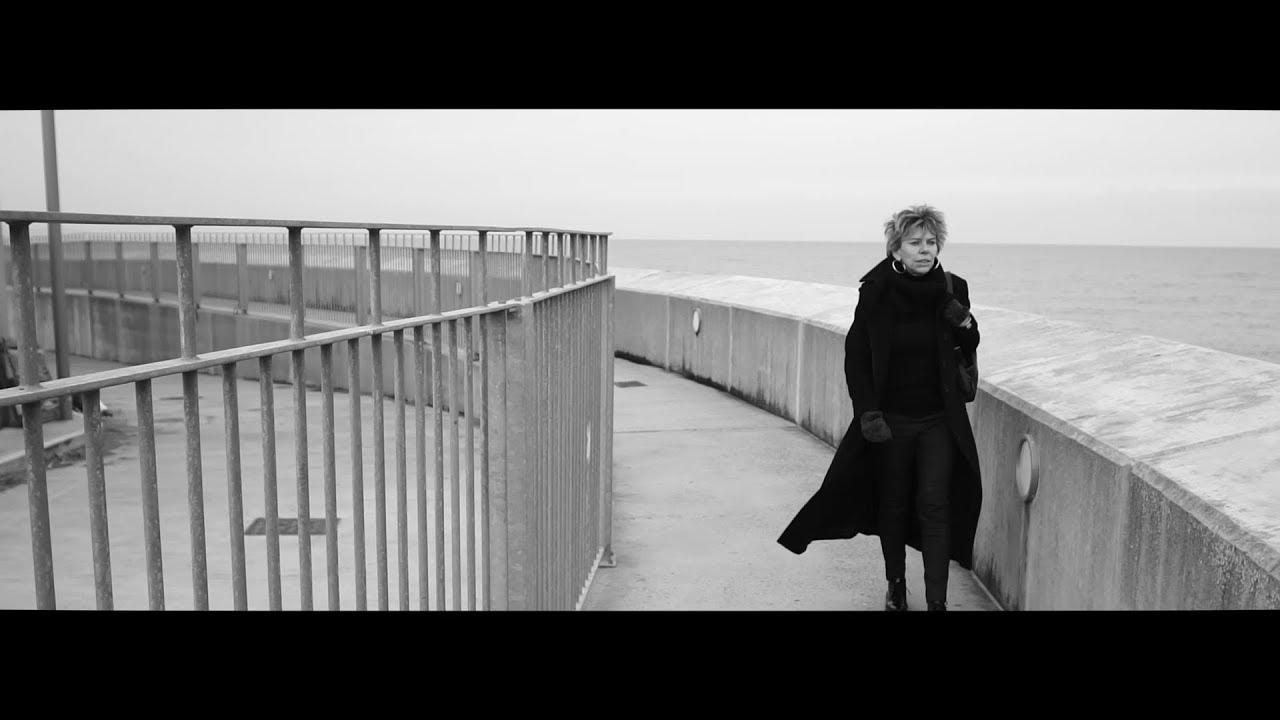 Ingrid Nomad - The Train