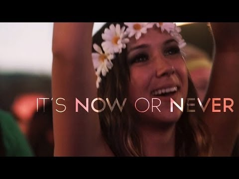 Tritonal feat. Phoebe Ryan - Now Or Never (Official Lyric Video)