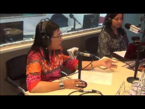 Talkshow tentang Indeks Demokrasi Indonesia (IDI) di Prima Radio 103.8 FM Surabaya