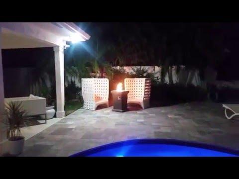 L'extérieur la nuit