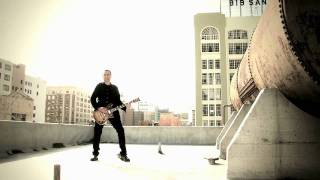 First Signal Featuring Harry Hess – This City (Official video)