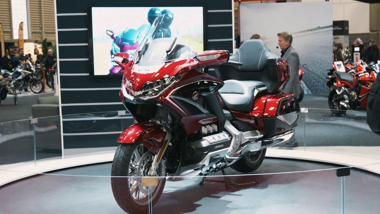 nouveaut s moto 2018 au salon de la moto de qu bec ams moto youtube. Black Bedroom Furniture Sets. Home Design Ideas