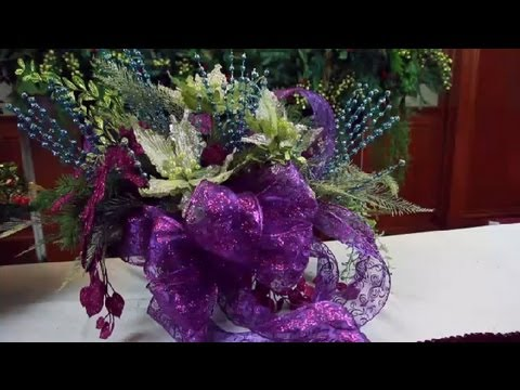 How To Make A Christmas Centerpiece With Bows Decorating