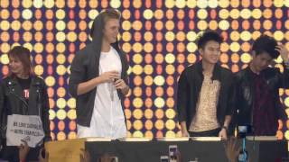 Lloyd Cafe Cadena with Caspar Lee & Chicser @ YouTube FanFest Philippines 2015