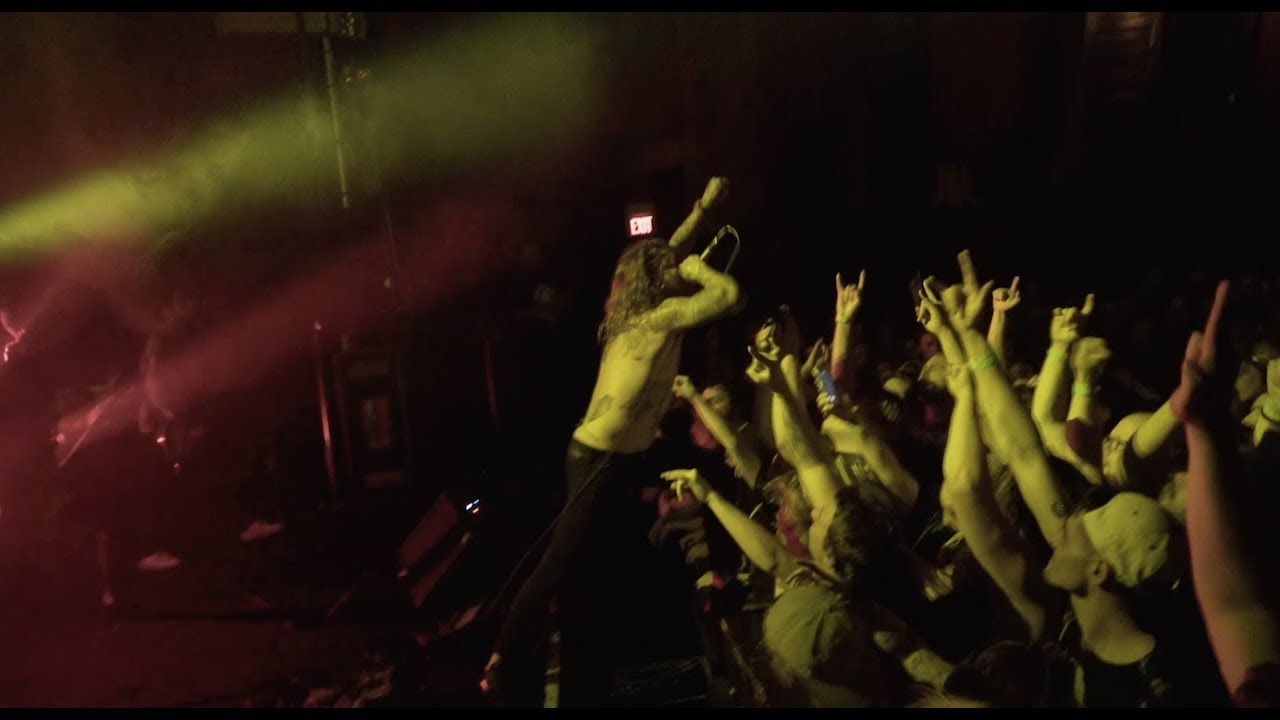 The Devil Wears Prada - Transit Blues (Tour Video)