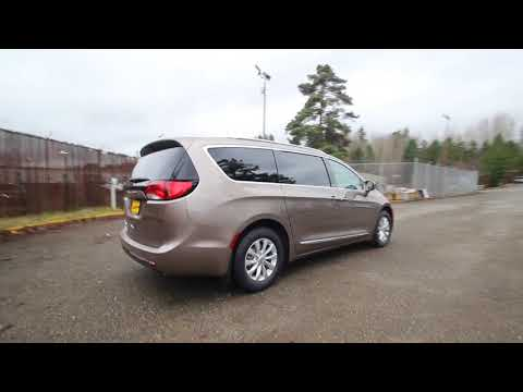 2018 Chrysler Pacifica Touring L Plus | Molten Silver | JR132496 | Redmond | Seattle |