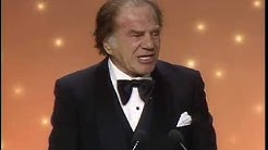 Lionel Stander Wins Best Supporting Actor TV Series - Golden Globes 1983