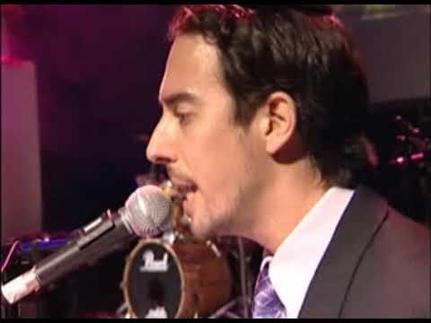 עמירן דביר - קבלת תקליט זהב על ״שוש אשיש״    Amiran Dvir - Sos Asis - LIVE
