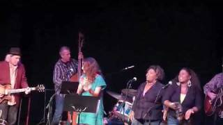 Watch Patty Griffin Move Up feat Ann McCrary Regina McCrary Jim Lauderdale And Buddy Miller video