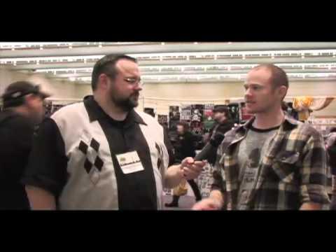 GeekHard @ Toronto ComiCON 2012 - An Interview with Aaron Ashmore