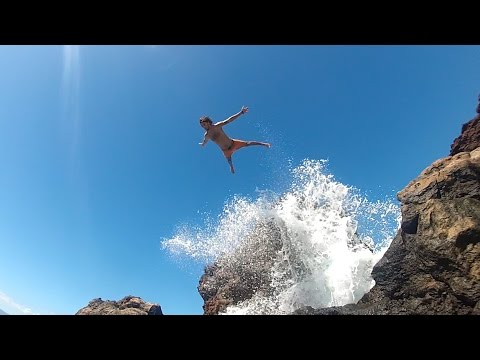 Cliff Jumping at Black Rock, Maui   Fan Meet Up!