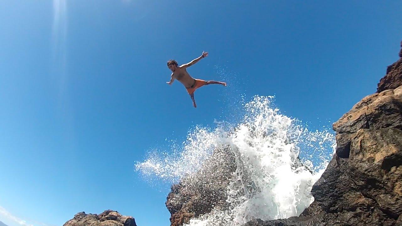 Cliff Jumping at Black Rock, Maui | Fan Meet Up!