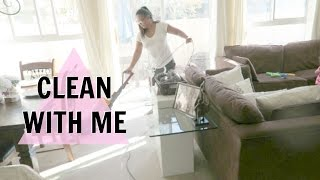 CLEAN WITH ME VLOG STYLE!