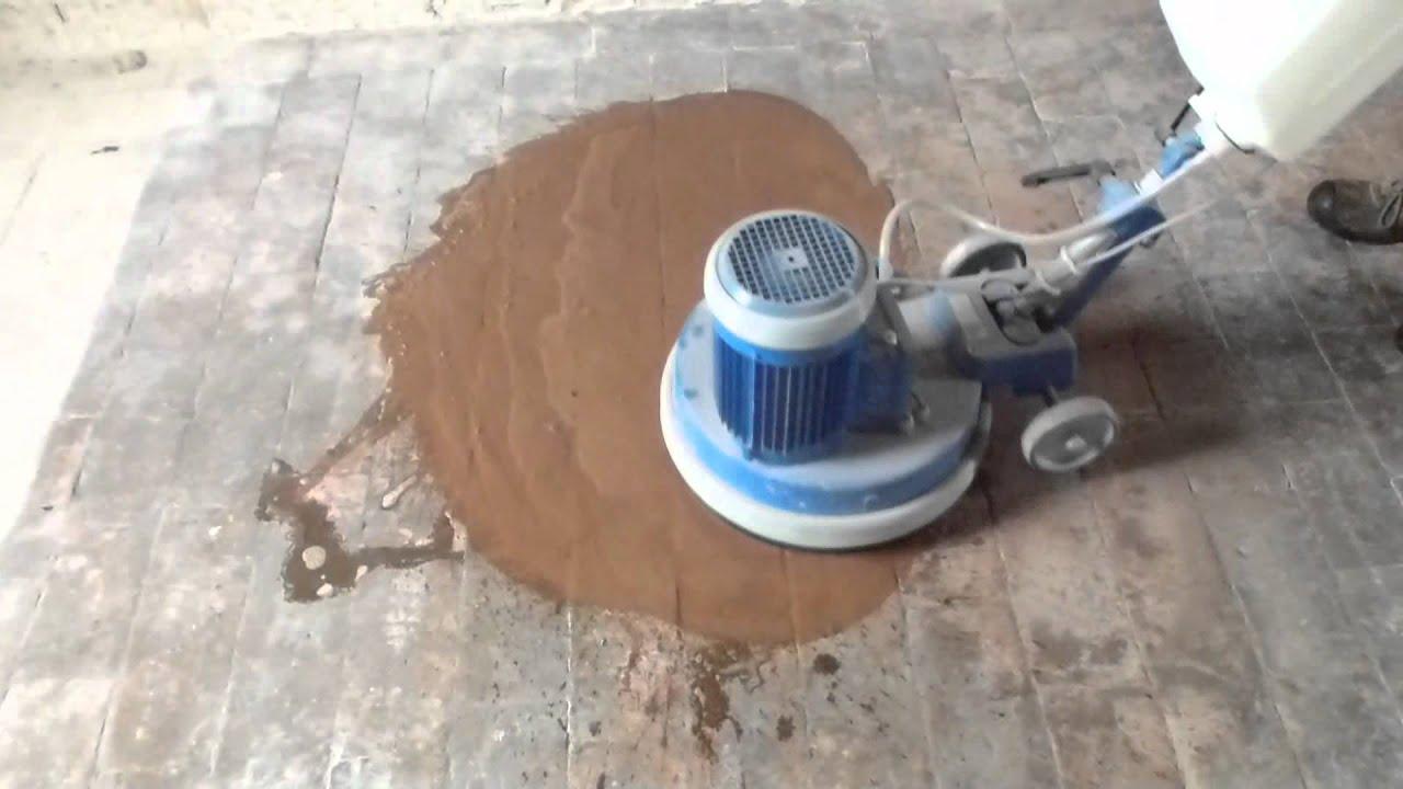 Monospazzola per la pulizia dei pavimenti in cotto youtube for Pulizia parquet