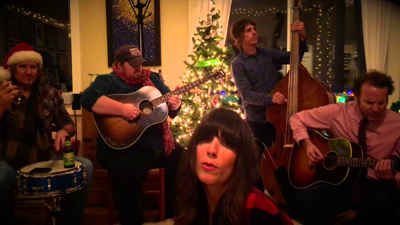 Elvis Presley - Blue Christmas - Cover by Nicki Bluhm and The ...