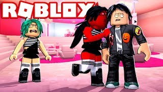 -MY EVIL TWIN (LULY. (EXE) tries to rob me of my boyfriend in ROBLOX 😱