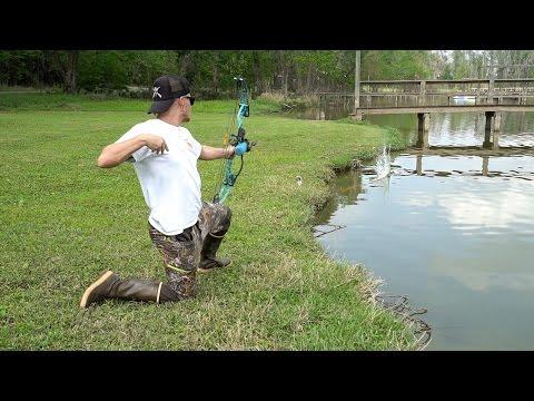 Bowfishing for Carp in Texas + Bass Fishing!!