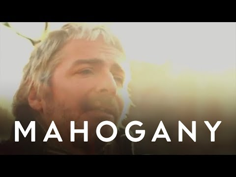 I Am Kloot - Masquerade // Mahogany Session