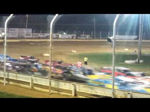Rush late models 4 wide salute Sharon Speedway.