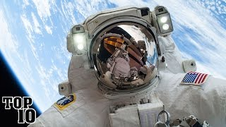 Top 10 Facts About Gravity