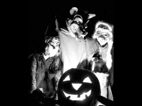 Ray Noble & His Orchestra  The Haunted House A Jazzy Halloween