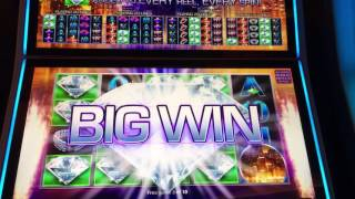Downtown diamonds slot machine free games
