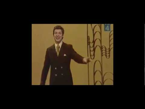 Russian opera singer from the 70's - The New Rick Roll - Communist Roll'D  RWJ | Eduard Khil |
