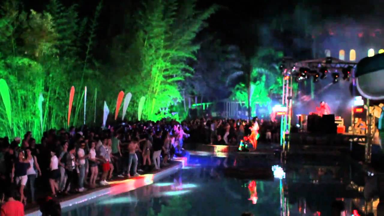 Garden pool party campinas 2010 youtube for Garden pool party