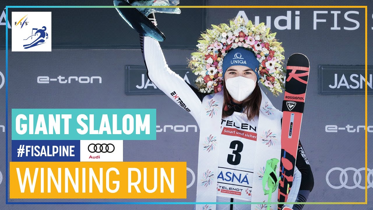 Petra Vlhova Wins Giant Slalom in Jasna