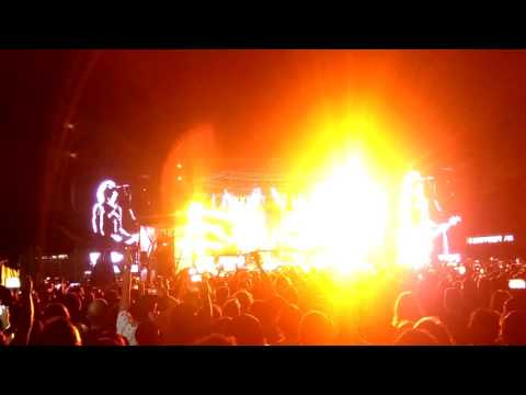 Guns n Roses live   Live and Let Die  23 11 2016 Medellin, Colombia Clip