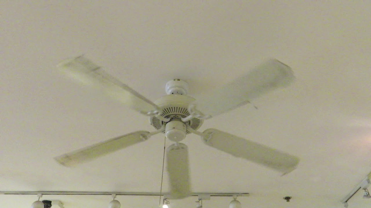 52  Westinghouse Contractoru0027s Choice ceiling fan & 52