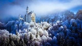 Neuschwanstein Castle in Winter with Mavic Pro 4K - must see drone footage