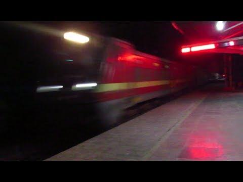 Gaya - New Delhi Mahabodhi Express : NIGHT BLAST : 130KMPH....!!!!