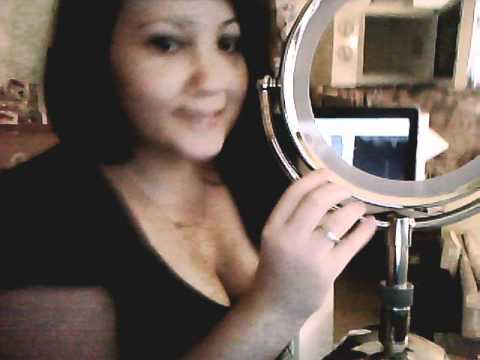 Miroir babyliss 3 lights youtube for Miroir lumineux babyliss