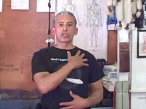 4 ejercicios para corregir la postura de hombros caídos