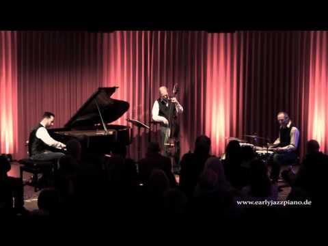 van den Valentyn Trio - LIVE - Boogie Woogie Be With Me
