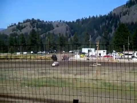 Eagle Track Raceway Modified Main Event Part 3 May 2nd 2015