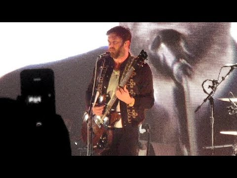 Use Somebody - Kings Of Leon (Live in Vancouver)