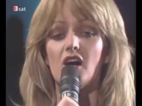 Bonnie Tyler It's a heartache // Este o durere in inima...