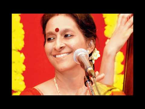 Nallodor Veenai - Bombay Jayashri (With Tamil & English Lyrics)
