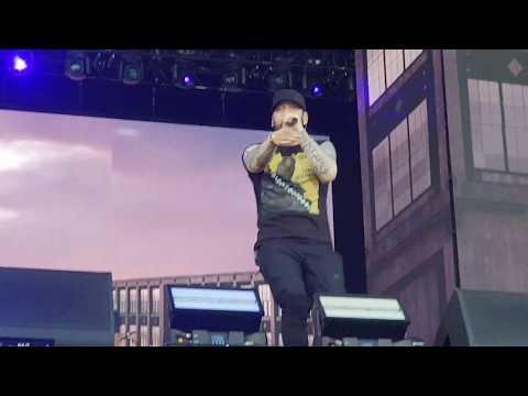 Eminem - Sing For The Moment (30.06.2018)