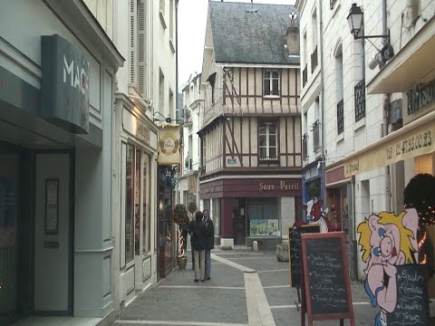 Chinon, Loire, France travel video