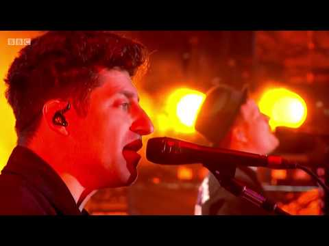 Fall Out Boy - Reading and Leeds Festival 2016 Full Set - HD