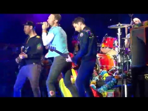 Coldplay - Sky full of stars / Colombia