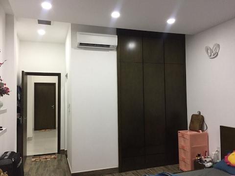 Kho Tư liệu Xây dựng - Tủ áo âm tường   Tủ gỗ âm tường phòng ngủ nhà phố